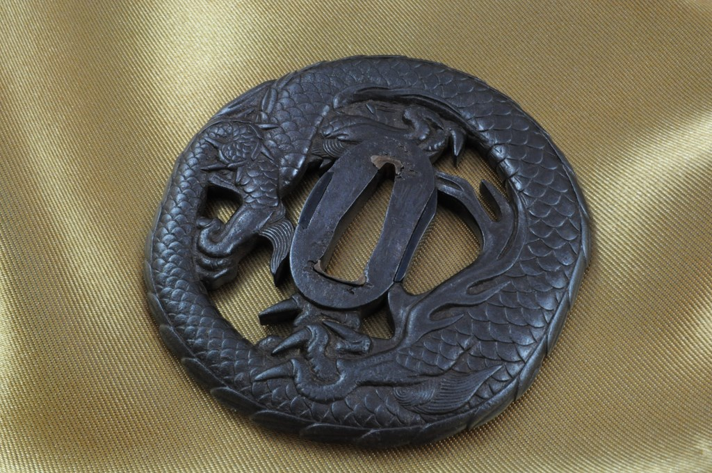 Echizen Dragon tsuba (6)