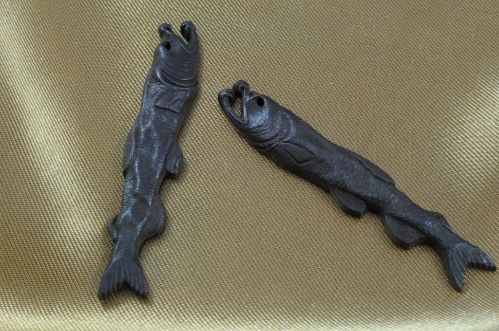 salmon menuki (5)